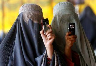2008_08_19_afghanistan_femmes_burqa_photo_kandahar